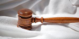 マタハラで女性上司に賠償命令 業務軽減の申出を放置